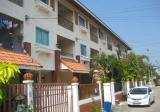 3 bedroom Townhouse for sale by Thappraya Road on Pratumnak Hill in Pattaya - DDproperty.com