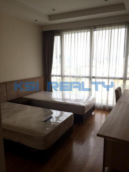 3 Bedroom Condo in Watthana, Bangkok  8237160