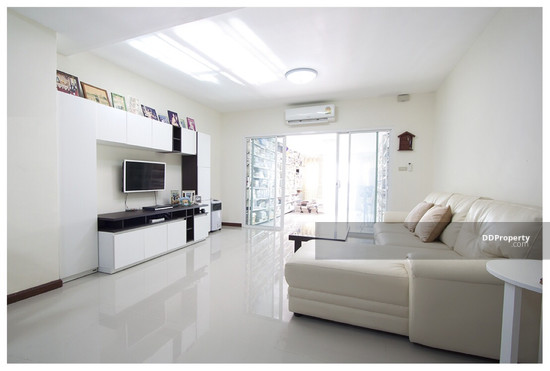 2 Bedroom Townhouse in Prawet, Bangkok  64873831