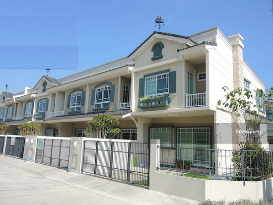 2 Bedroom Townhouse in Bang Bo, Samut Prakan  46864232