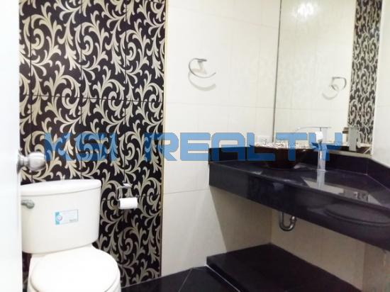 3 Bedroom Condo in Watthana, Bangkok  60080800