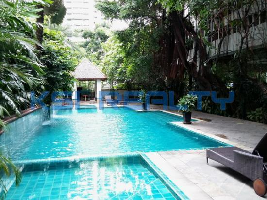 3 Bedroom Condo in Watthana, Bangkok  60080858