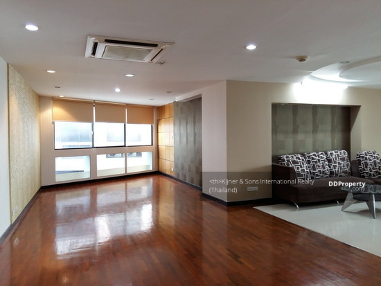 3 Bedroom Condo in Khlong Toei, Bangkok  63175711