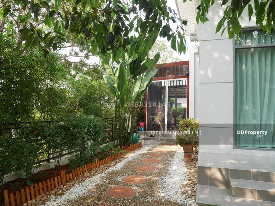 4 Bedroom Detached House in Muang Nonthaburi, Nonthaburi  65752589