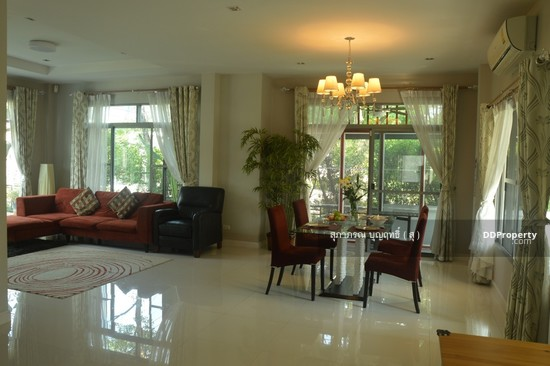 4 Bedroom Detached House in Muang Nonthaburi, Nonthaburi  66013949