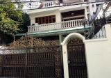 4 Bed, 4 Bath House with Maid's Quarter in Asok - DDproperty.com
