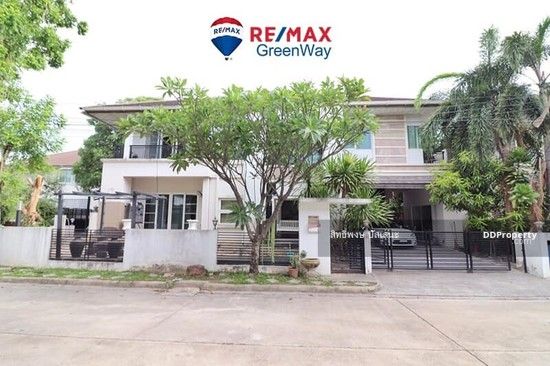 3 Bedroom Detached House in Saphan Sung, Bangkok  68324786