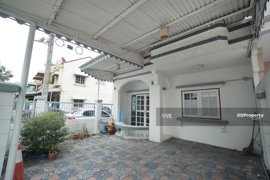 3 Bedroom Townhouse in Bang Bua Thong, Nonthaburi  70695396