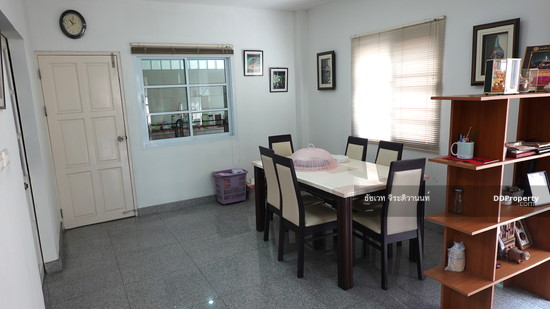 4 Bedroom Detached House in Phra Khanong, Bangkok  74576193