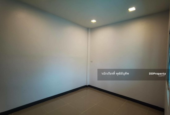 1 Bedroom Townhouse in Bang Pa-In, Phra Nakhon Si Ayutthaya  76341410