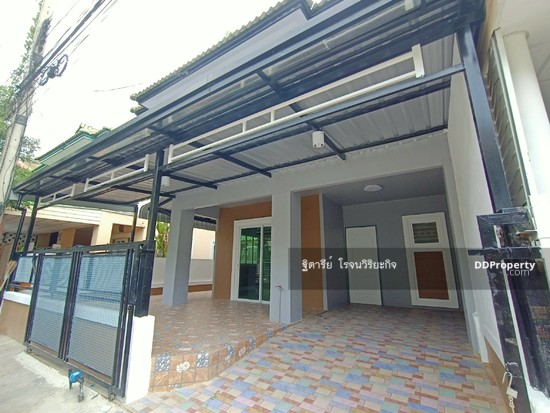 3 Bedroom Townhouse in Khlong Luang, Pathum Thani  76344616