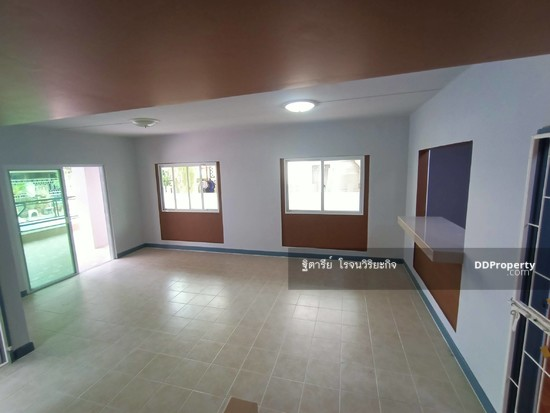 3 Bedroom Townhouse in Khlong Luang, Pathum Thani  76344617