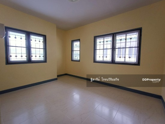 3 Bedroom Townhouse in Khlong Luang, Pathum Thani  76344620