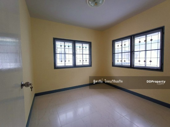 3 Bedroom Townhouse in Khlong Luang, Pathum Thani  76344621