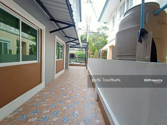 3 Bedroom Townhouse in Khlong Luang, Pathum Thani  76344628