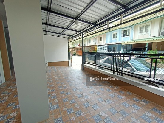 3 Bedroom Townhouse in Khlong Luang, Pathum Thani  76344634