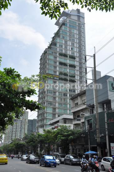 The Height condominium  1676969