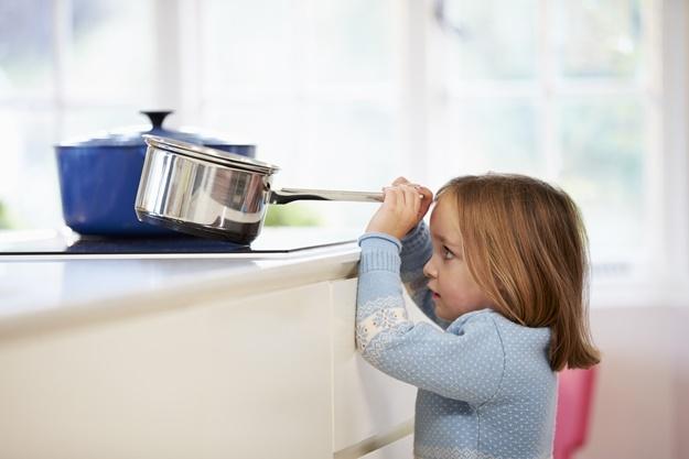 9 สิ่งที่ต้องทำ เพื่อป้องกันความเสี่ยงในบ้านที่อาจเกิดกับเด็ก