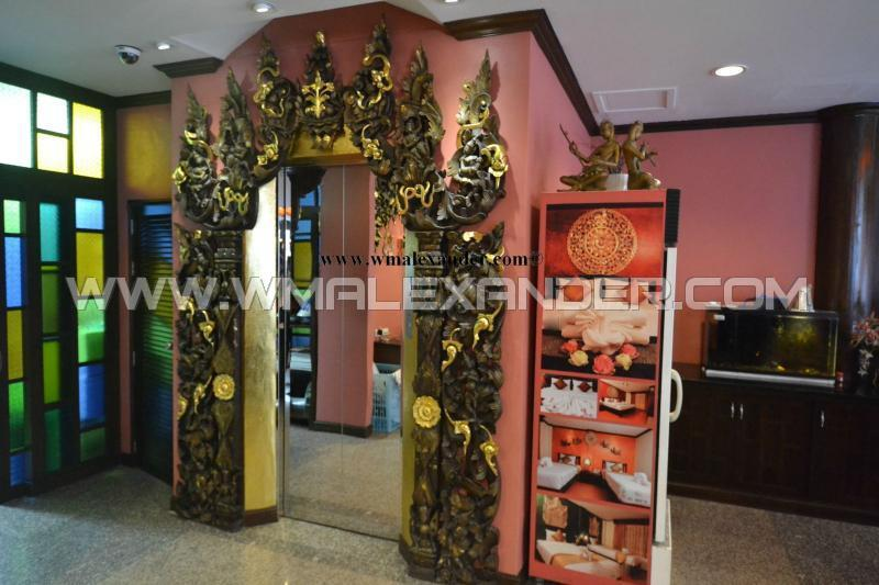 Boutique hotel for sale in patong patong kathu phuket for Boutique hotel for sale