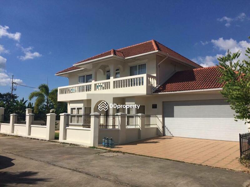 2 story house for sale sukhumvit huai yai pattaya for Three story house for sale