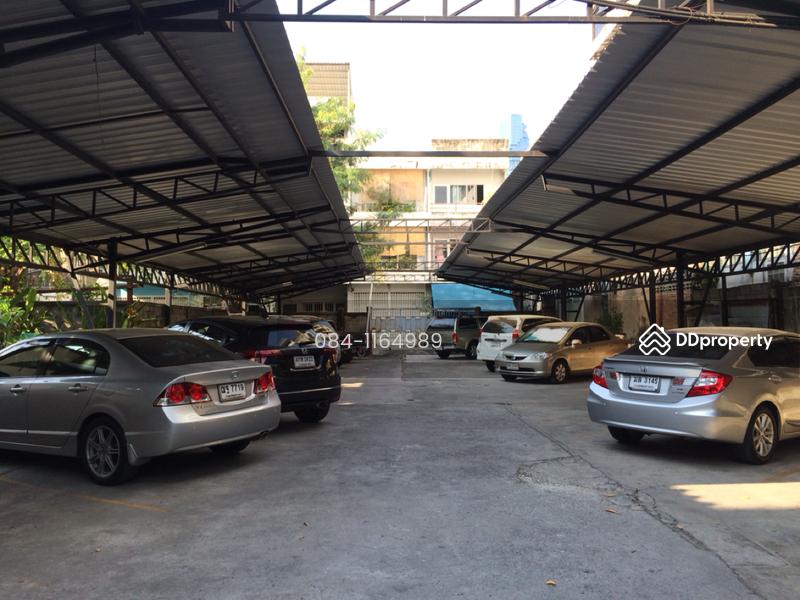 Land in Sathon, Bangkok #26334086