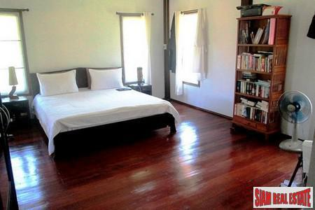 Traditional Thai Hard Wood One Bedroom House For Sale In Krabi