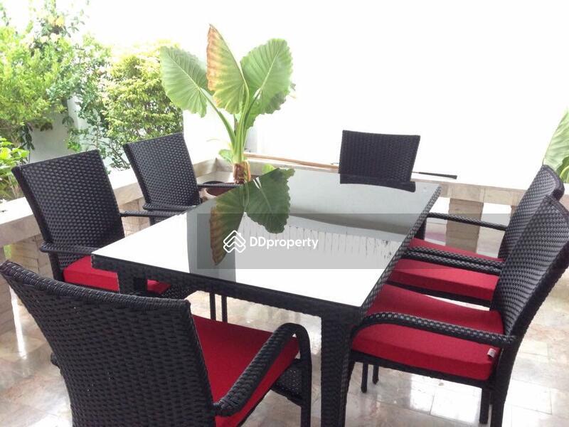 Pool house in hua hin near palm hills golf resort for Outdoor furniture hua hin