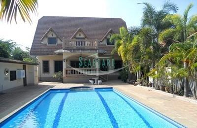 Private House With Swimming Pool For Sale And For Rent In East Pattaya