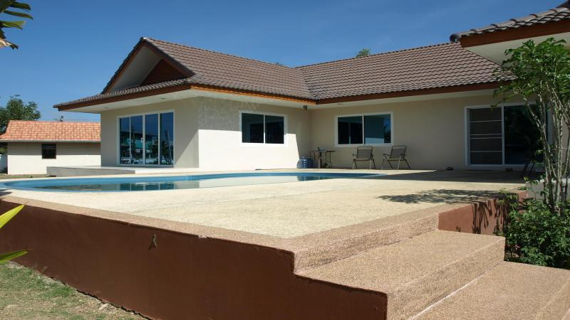 3 Brm 3 Bth Ultra Modern Home For Sale Close To Udonthani