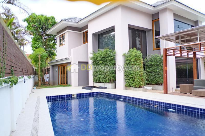 Luxury Modern House For Rent With Private Swimming Pool San Phi Suea In Chiangmai Soi Mu Ban