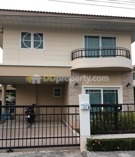 a2mg0210 a two storey house for rent with 4 bedroom and 3 bathroom