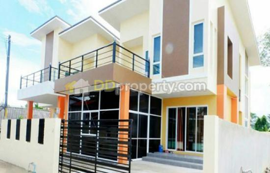 ass0664 a two storey house for rent with 4 bedroom and 3 bathroom