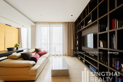 For Rent - Saladaeng Residences BTS Saladaeng 2 bed / 2 bath