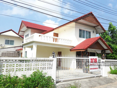For Rent - A5MG0820 A house two storey for rent with 3 bedrooms, 2 toilets and gazebo.