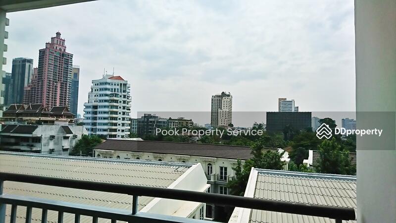 Voque Sukhumvit16 condominium #45962402
