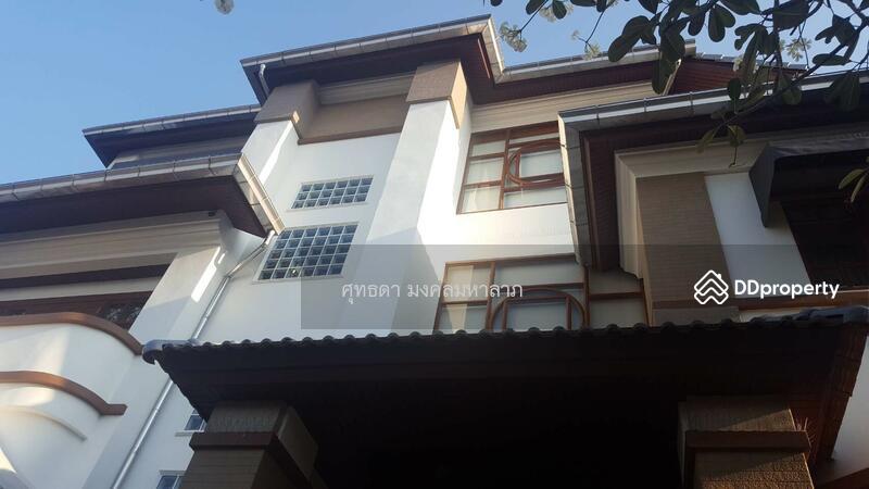 ขายบ้านเดี่ยว  3  ชั้น  ม.ปัฐวิกรณ์ 2  รามอินทราซ.44  นวลจันทร์  บึงกุ่ม  กรุงเทพ #65191336
