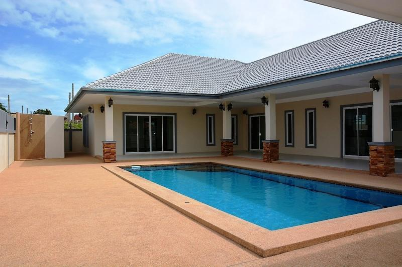 4x9 meter salt water pool