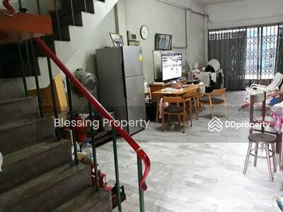 ขาย - ขายทาวน์เฮ้าส์ 3 ชั้นในซอย สุขุมวิท 65 ใกล้ BTS เอกมัย