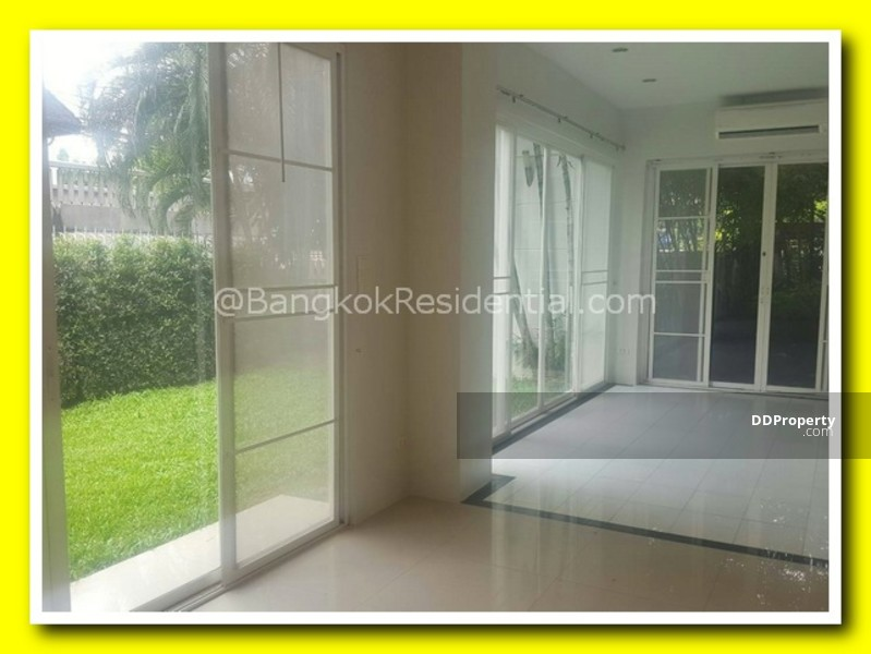 Townhouse in Compound #57436754