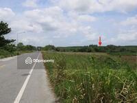 ขาย - ที่ดิน 48-1-64 ไร่ ติดถนนสาย 15 นิคมพัฒนา หน้ากว้างตามถนน 500 เมตร  แปลงสวย ห่างจากถนนชลบุรี-ระยอง 7  กม.