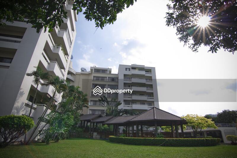 4 Bedroom Apartment in Phaya Thai, Bangkok #60502220