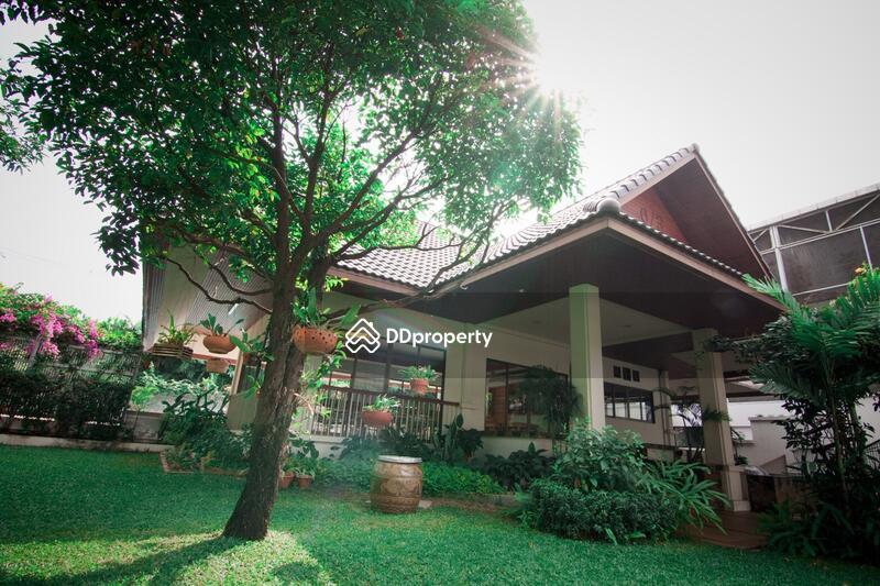 4 Bedroom Apartment in Phaya Thai, Bangkok #60502222