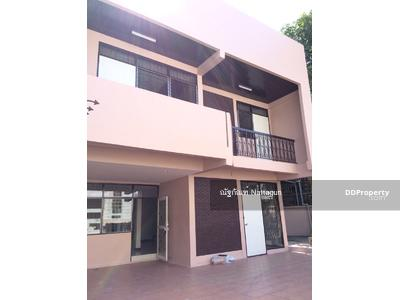 For Sale - ให้เช่าบ้านเดี่ยว 2 ชั้น หัวมุม ในซอยลาดพร้าว 26 ใกล้รถไฟฟ้า mrt รัชดา-ลาดพร้าว เพียง 500 เมตร