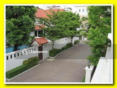 ให้เช่า - 4 Bed Detached House in Compound For Rent BR7905SH
