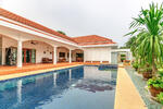 Large 4 Bedroom Villa
