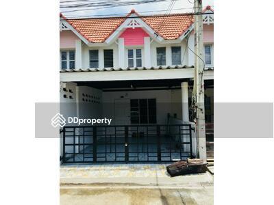 ขาย - 2 Bedroom Townhouse in Si Racha, Chon Buri