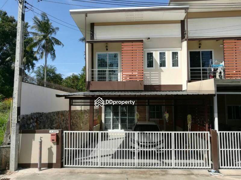 3 Bedroom Townhouse in Si Racha, Chon Buri #65913852