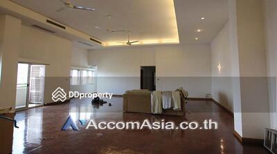 ให้เช่า - Low rise Building apartment 5 Bedroom for rent in Sathorn Bangkok Lumphini MRT 10191