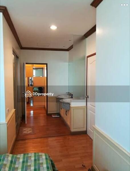 Sathorn House Condominium #67724136