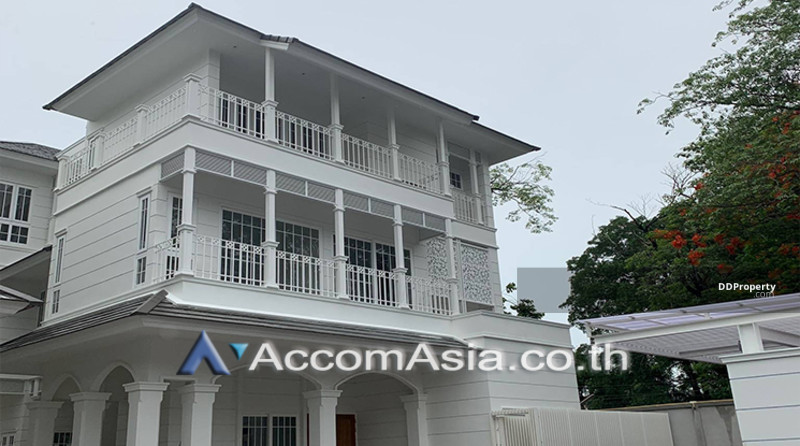 house 4 Bedroom for rent in Sukhumvit Bangkok PhromPhong BTS AA25250 #75223952